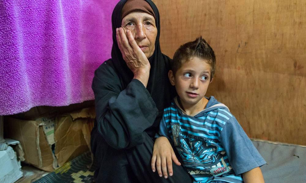 Sieben Enkel hat Iman Kinno. Alle sieben hat der Krieg zu Waisen gemacht. Alle sieben hat sie vor Bomben und Gewalt gerettet.